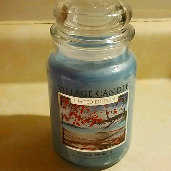 VILLAGE CANDLE (26oz)